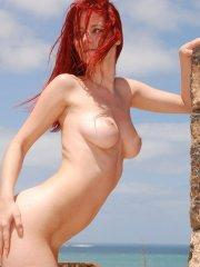 Pictures of Ariel\'s Blog completely nude outside