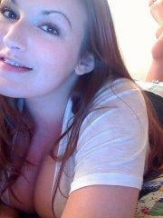 Pictures of Camerella Cams stripping naked for you
