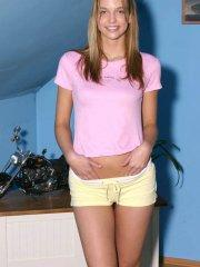 Pics of teen girl Erica Lightspeed teasing with her hot body