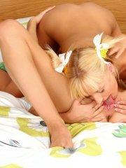 Pictures of Hanna's Honeypot getting her pussy pleasured by a girl