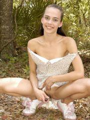 Pictures of Jenny Heart masturbating in the woods
