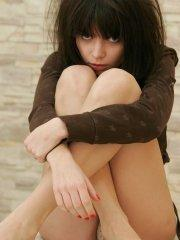 Pictures of teen Kaira 18 showing off her legs
