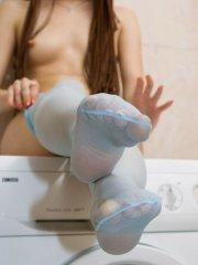 Pictures of Maggie Loves Dolls getting kinky with her pantyhose