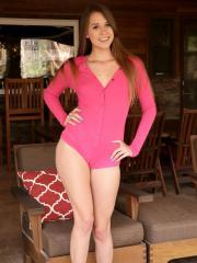 Teen hottie Zoey Laine can't keep her clothes on
