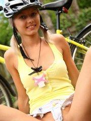 Pictures of Pinky June masturbating on her bike ride