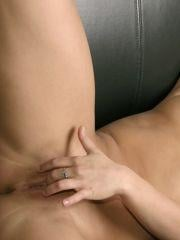Pictures of Sara Sexton bending over on the couch