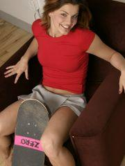Pictures of Sara Sexton getting naked with a skateboard
