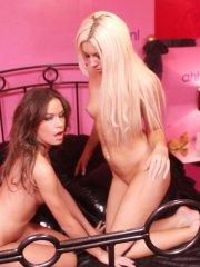 Pictures of Stacey Rocks getting kinky with Kelly