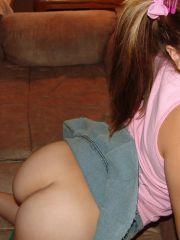 Teen Topanga shows you her round ass and panties