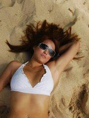 Pictures of teen Vicki Vice stripping on a beach